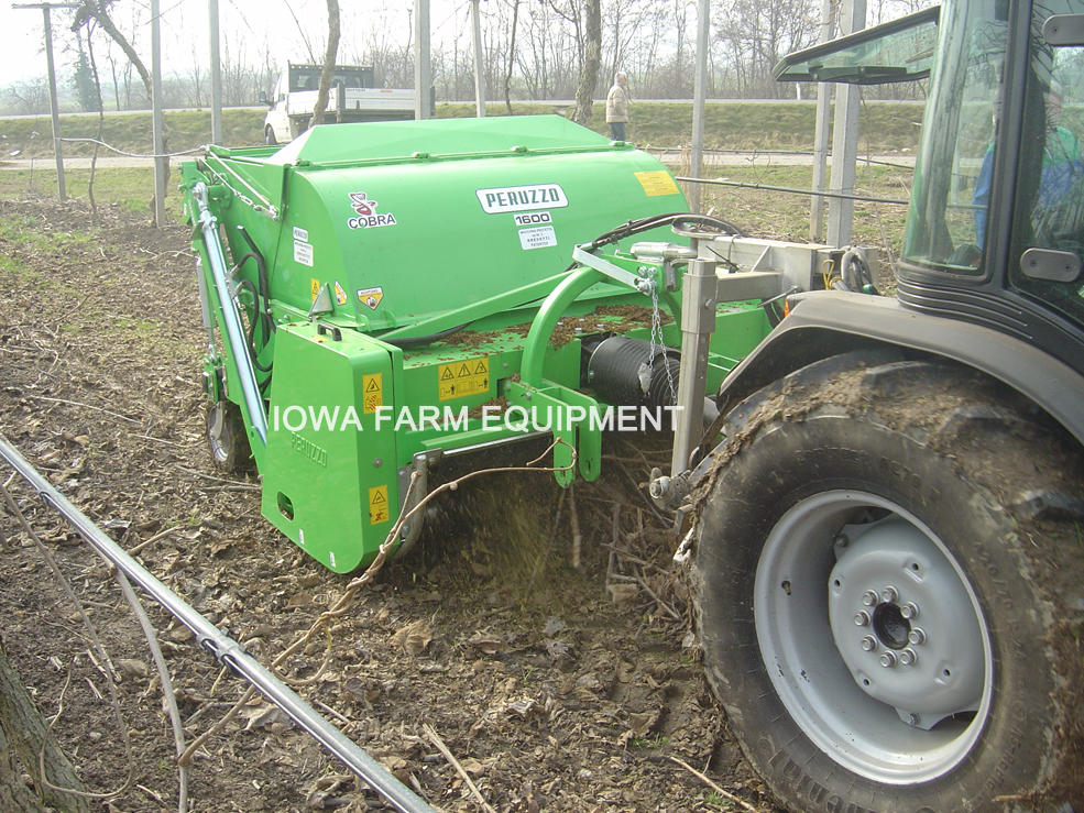 Peruzzo Cobra Series Pruning/Shredder Collection Hopper Flail Mowers